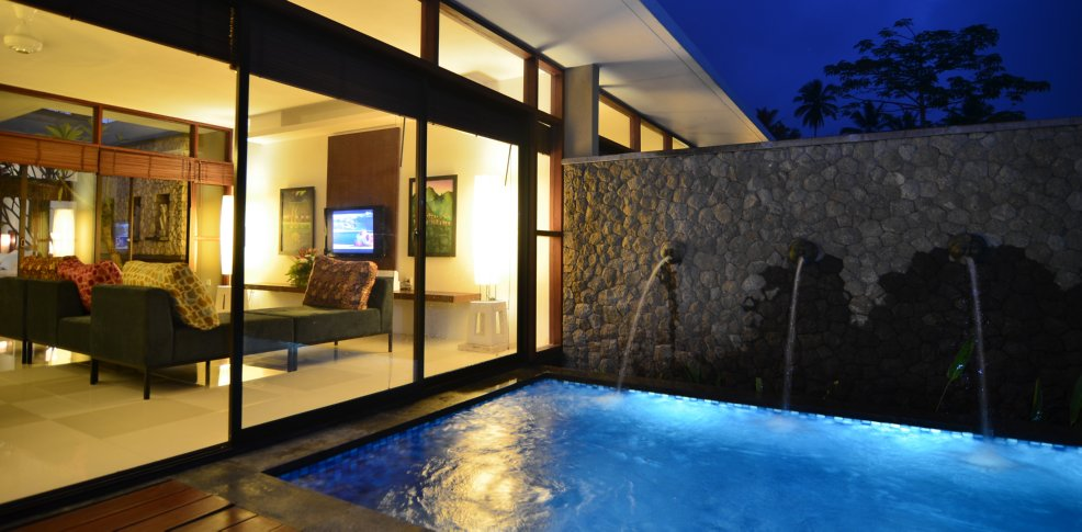 NIGHT VIEW OF POOL, TWO BEDROOM POOL UNIT